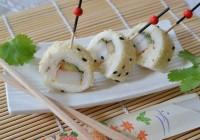 Italienisches Sushi mit Surimi