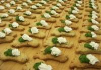 Käsefüßchen mit Petersilienpesto und Ziegenfrischkäse