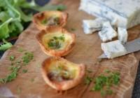 Torteletts mit Zwiebelconfit, Gorgonzola und Mascarponecreme