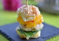Asia-Burger mit Mangosalsa