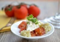 Burrata mit süßen Tomaten und Fenchel