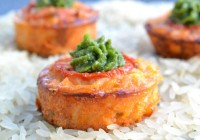 Reis-Tomaten-Küchlein mit Pesto