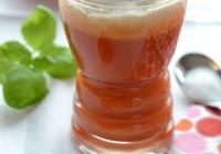 Tomatensuppe mit Basilikum-Knoblauch-Schaum